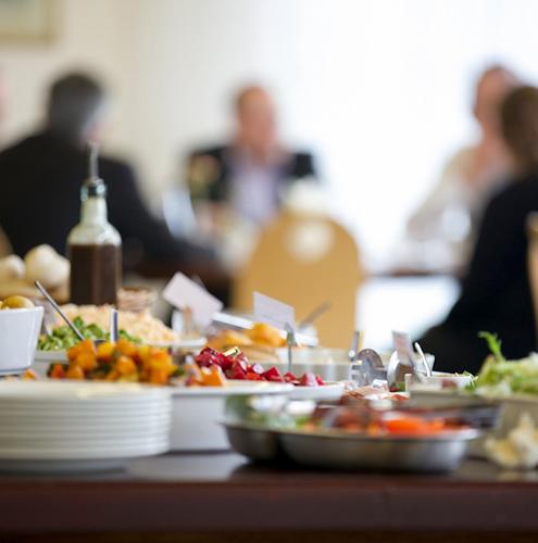 img_lunch_dinner_buffet